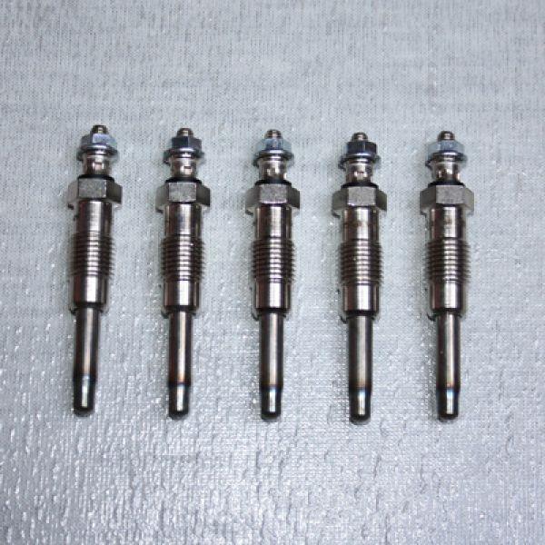 5 Glühkerzen 11V OM602